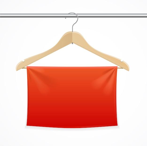 赤いテキスタイルバナー付きハンガー。