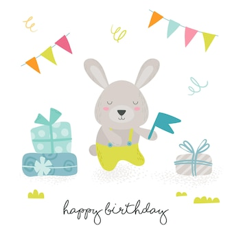 ラップされたギフトボックスの山の近くにお祝いの旗、手書きのタイポグラフィを保持しているかわいい漫画スカンジナビアスタイルのテディウサギとお誕生日おめでとうグリーティングカード。赤ちゃん動物のデザイン。ベクトルイラスト