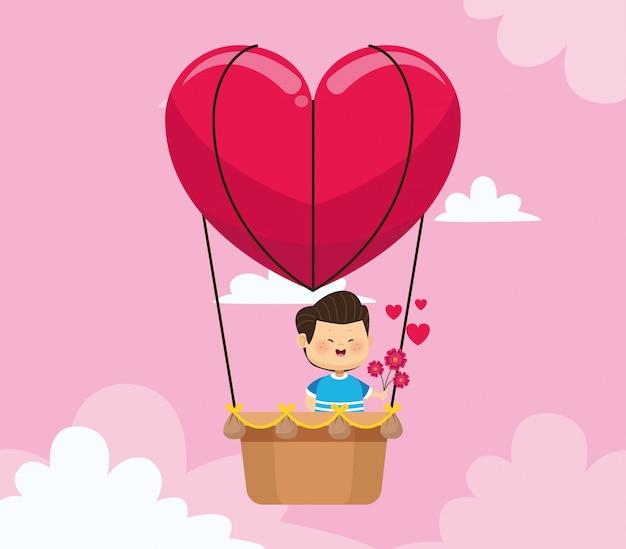 Счастливый мальчик в сердце значок воздушного шара