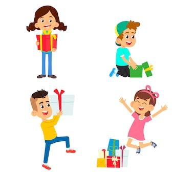 행복한 소년 소녀들은 선물 상자를받습니다. 선물이 담긴 다채로운 상자가 아이들에게 선물됩니다. 흰색 배경에 고립.