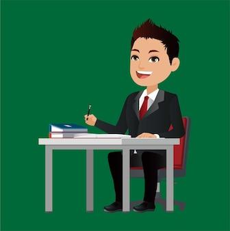幸せなビジネスマンはテーブルに座る
