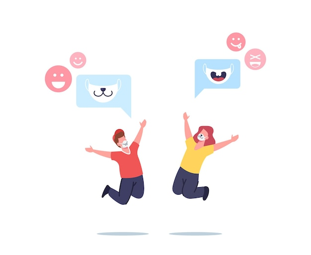 Счастливые дети-персонажи в забавных масках с мордочками животных прыгают с поднятыми руками