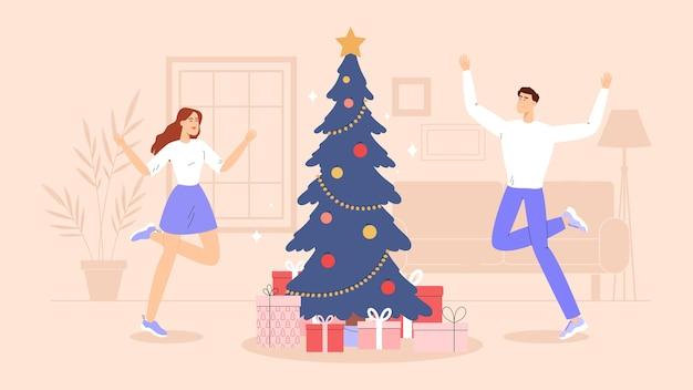Счастливая пара, семья или друзья украшают елку игрушками, гирляндами и радуются. елка с подарками посреди комнаты.