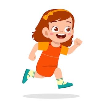 너무 빨리 달리는 행복한 귀여운 소녀