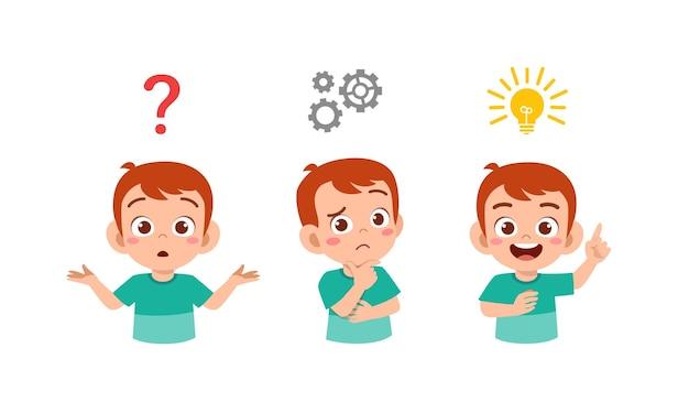 행복 한 귀여운 꼬마 소년 생각과 아이디어 프로세스 검색