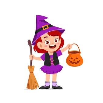 幸せなかわいい子供がハロウィーンを祝う魔女の衣装を着て