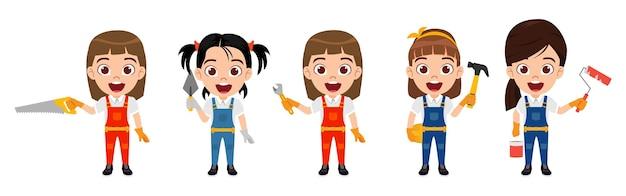 Счастливые милые умные детские персонажи девочек-строителей с инструментами, изолированными с веселым выражением лица