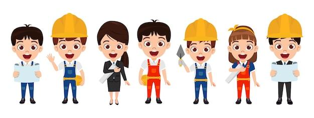 Счастливая милая умная команда рабочих-строителей с персонажами инженеров с инструментами, изолированными с веселым выражением лица