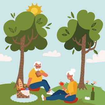 낭만적 인 저녁 식사 야외 행복 노인 커플입니다. 늙은 남자와 여자 식사와 나무 아래 피크닉에 와인을 마시는 미소의 쌍입니다. 플랫 만화 일러스트 레이 션. 프리미엄 벡터