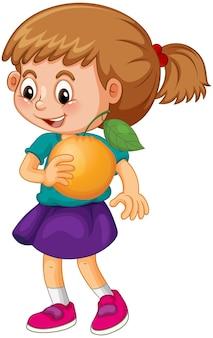 オレンジを保持している幸せな女の子の漫画のキャラクター