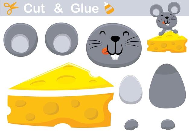 Счастливый мультфильм мыши с большим сыром. развивающая бумажная игра для детей. вырезка и склейка
