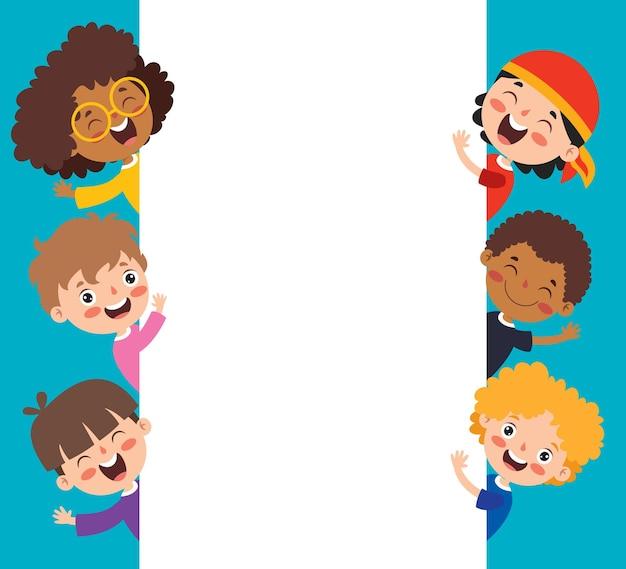 Счастливые многоэтнические дети играют вместе