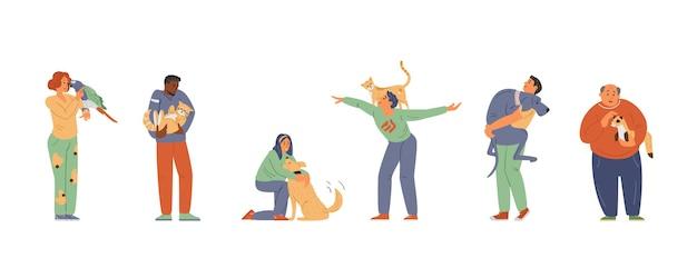 抱き締める猫犬オウムフェレットを保持している動物の男性と女性と幸せなペットの飼い主