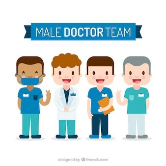 Счастливая команда профессиональных врачей