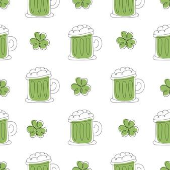幸せな聖パトリックの日-ビールジョッキのシームレスなパターン。休日の白い背景ベクトル