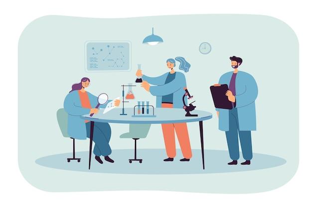 실험실 고립 된 평면 그림에서 연구를 만드는 행복 한 과학자.