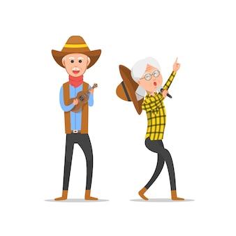 Счастливая пара старших, которые поют и играют на укулеле