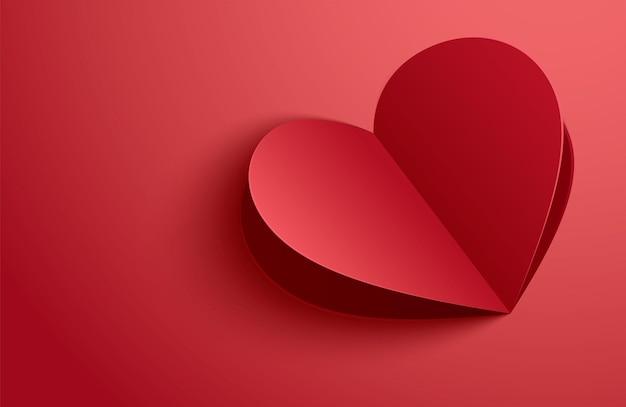赤いパステル背景に紙のハートと幸せなバレンタインデーのグリーティングカード。