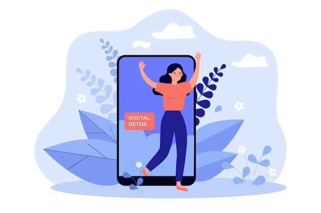 Счастливая женщина, выходящая из экрана мобильного телефона