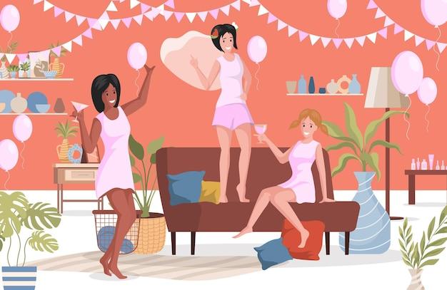 自宅で女の子の夜を持っている寝間着で幸せな女性