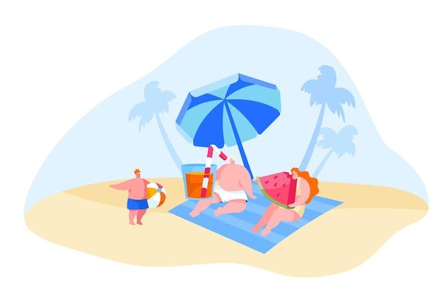 Счастливые молодые семейные персонажи отдыхают на пляже