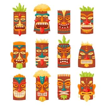 白で隔離されるハワイのトーテムまたはアフリカのマヤアステカの木の偶像
