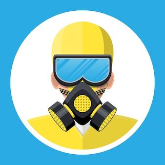 Человек в желтом костюме hazmat с респиратором.