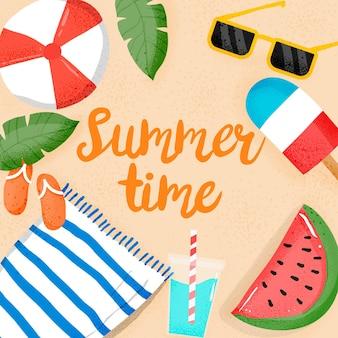 해변의 필수품과 함께 안녕하세요 여름