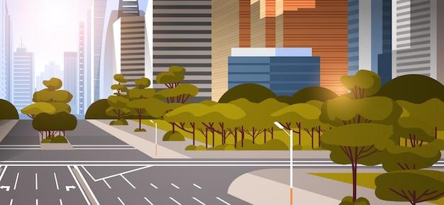 Шоссе асфальтированная дорога с разметкой стрелки дорожные знаки