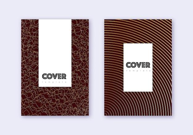 流行に敏感なカバーデザインテンプレートセット。あずき色の背景にゴールドの抽象的な線。魅力的なカバーデザイン。追加のカタログ、ポスター、本のテンプレートなど。