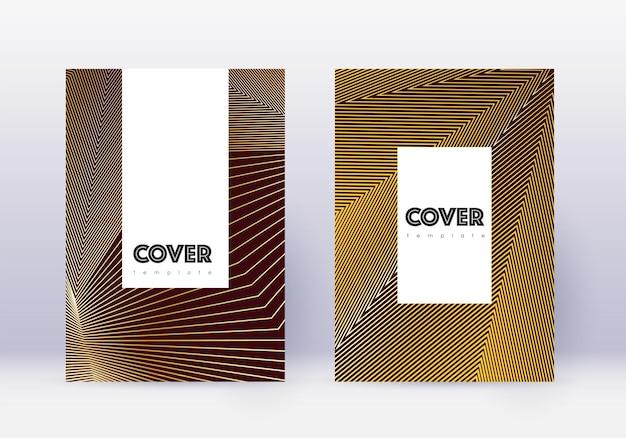流行に敏感なカバーデザインテンプレートセット。あずき色の背景にゴールドの抽象的な線。魅力的なカバーデザイン。信じられないほどのカタログ、ポスター、本のテンプレートなど。