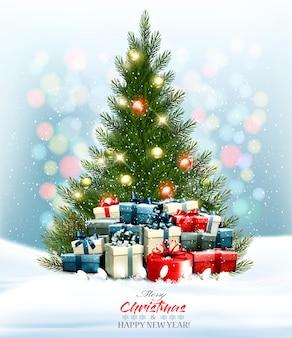 화려한 선물 및 화 환 크리스마스 트리 휴일 배경. .