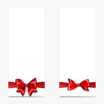 Праздничный подарочный бумажный баннер с красным атласным бантом вид сверху реалистичный 3d векторный купон