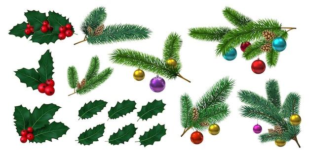 Холли листья с красными ягодами и еловые ветки с елочными шарами. реалистичное украшение омелы, шишки. рождественский набор векторных декора. иллюстрация красной рождественской ветки с ягодами