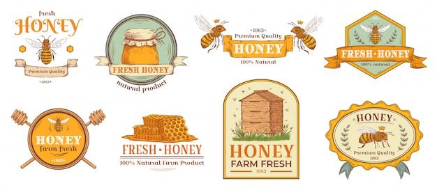 허니 배지. 자연 꿀벌 농장 제품 라벨, 유기농 양봉 꽃가루와 꿀벌 하이브 엠블럼 배지 그림 세트