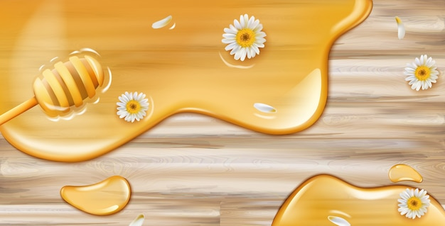 Miele che gocciola dal cucchiaio su struttura in legno con decorazioni di camomilla