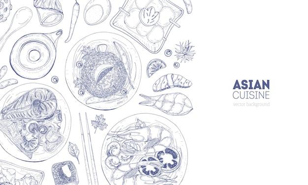 Горизонтальный фон с блюдами азиатской кухни и едой, лежащей на тарелках, нарисованных от руки контурными линиями