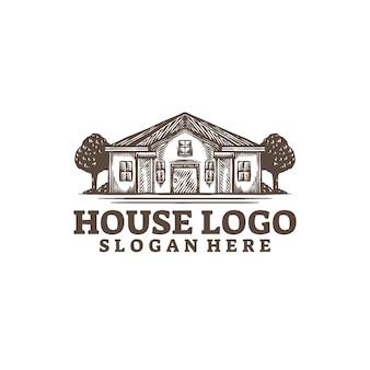 白で隔離される家のロゴ