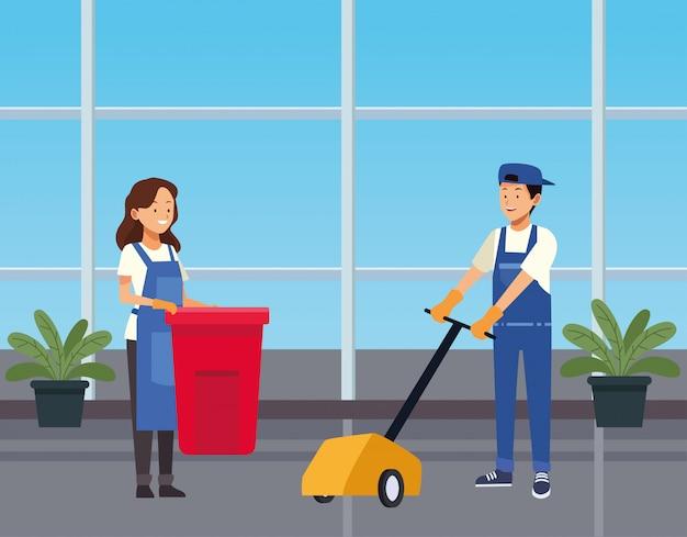 도구 문자로 복도를 청소하는 가사 부부 노동자