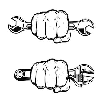 Человеческий кулак с помощью гаечного ключа. элемент для плаката, эмблемы, знака, значка. иллюстрация