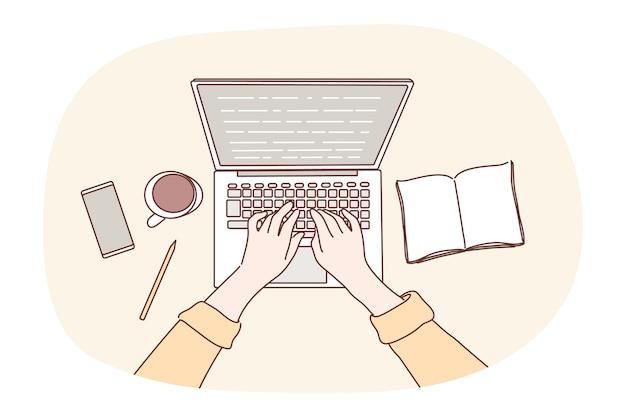 コーディングのためにオフィスの職場でラップトップを使用して人間のプログラマーのキャラクターの手。