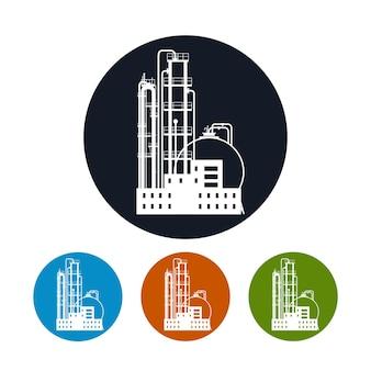 化学プラントまたは天然資源の製油所処理、または製品の製造のためのプラントのアイコン。化学工場のシルエット、4種類のカラフルな丸いアイコンの植物