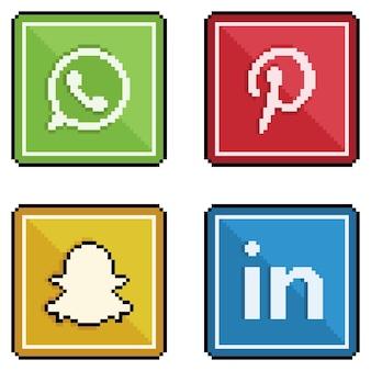 픽셀 아트의 아이콘 소셜 미디어 및 소셜 네트워크 Whatsapp Pinterest Snapchat Linkedin 8 비트 스타일 프리미엄 벡터