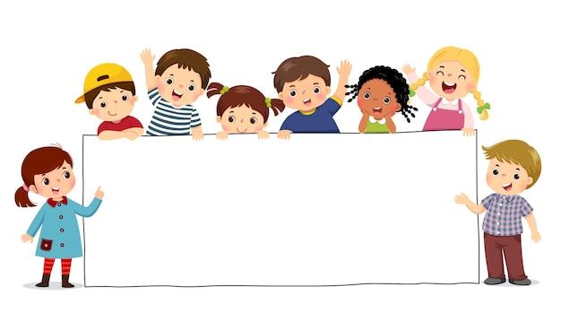 空白のサインバナーを保持している子供たちのイラスト漫画。広告用のテンプレート。
