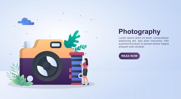 카메라 렌즈를 들고 사람과 사진의 그림 개념.