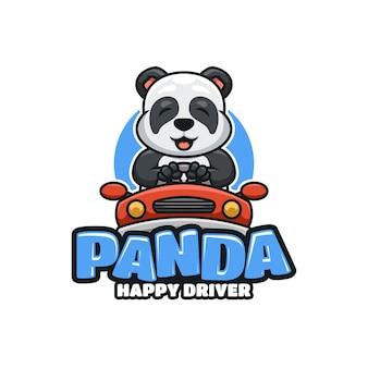 Иллюстративный мультяшный логотип со счастливой пандой за рулем автомобиля
