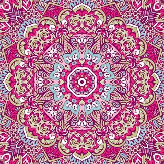 インドの花のペイズリーメダリオンパターン