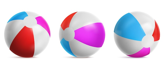 水、海またはプールで遊ぶための膨脹可能なビーチボール、縞模様の気球。白の背景に分離された青、赤、ピンク色の明るいゴム製ビーチボールの現実的なセットをベクトル