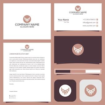 Буквица y в черепе головы логотип с визитной карточкой