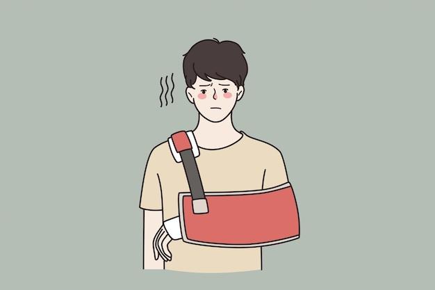Концепция травмы и физической проблемы. молодой грустный разочарованный человек мультипликационный персонаж, стоящий с травмированной рукой, чувствуя себя несчастным векторная иллюстрация